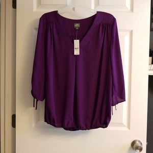 New York & Co purple v neck top size m NWT